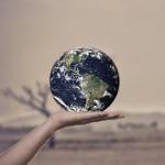 温暖化に直面している地球